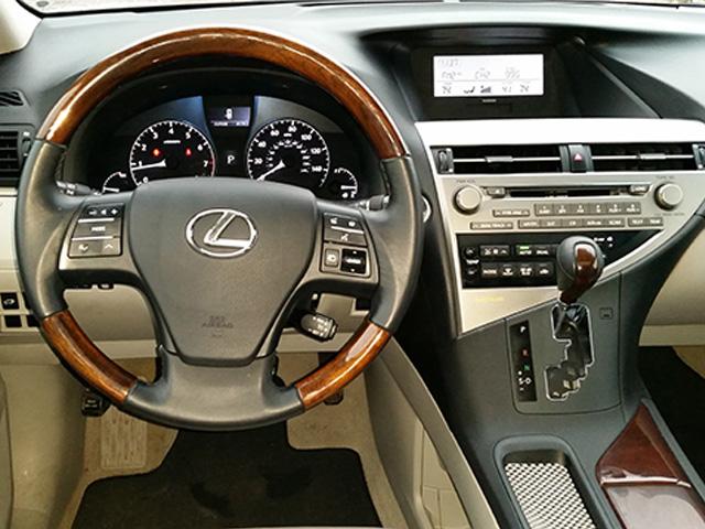 Lexus-RX350-5