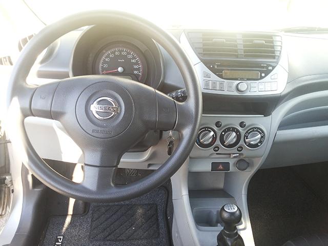Nissan Pixo-5